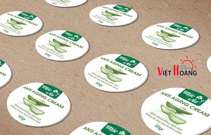 In tem nhãn giá rẻ tại In Việt Hoàng